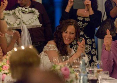 Hochzeitsfotos in Stuttgart Braut hat übel Spass