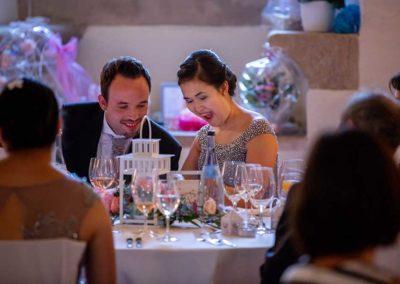 Hochzeitsfotos in Stuttgart Braut jubelt