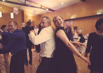 Hochzeitsfotos in Stuttgart Brautvater geht ab