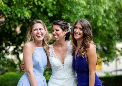 Hochzeitsfotos in Stuttgart der die Mädels lachen