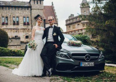 Hochzeitsfotos in Stuttgart Shooting Schloss Lichtenstein vor der Burg