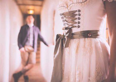 Hochzeitsfotos in Stuttgart Brautpaar Vintage style
