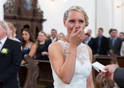 Hochzeitsfotograf-in-Stuttgart-Braut zu Tränen gerührt
