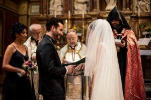 kirchlich heiraten Vater übergibt Braut